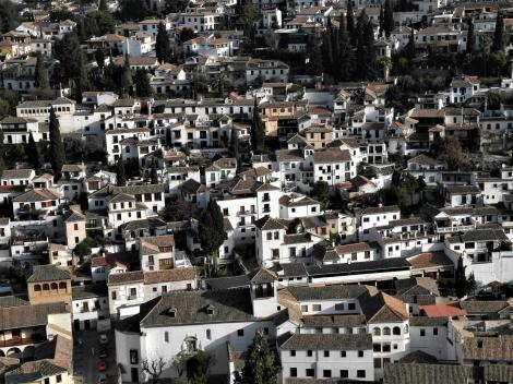 Alhambra: Blick vom Waffenturm der Alcazaba auf den Stadtteil Albaicin (2018)