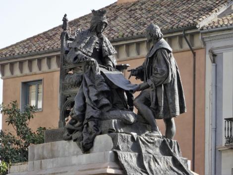 Plaza de Isabel la Catolica: Denkmal von Isabella und Kolumbus (2018)