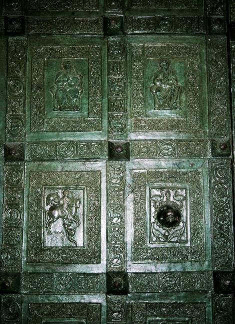 Trani: Hauptportal der Kathedrale (2001)