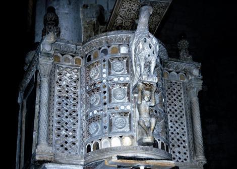 Bitonto: Kathedrale - Kanzel (2001)