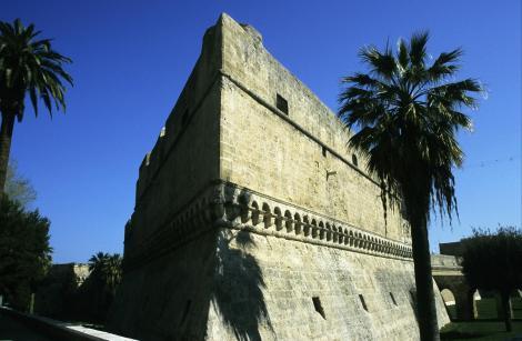 Bari: Kastell (2001)