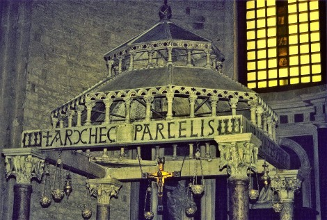 Bari: San Nicola - Ziborium (2001)