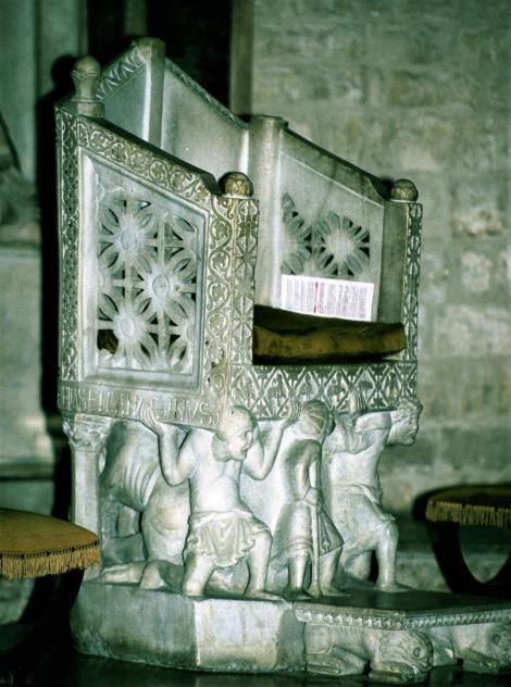 Bari: San Nicola - Bischofsthron (2001)