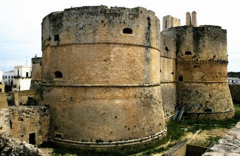 Otranto: Kastell (2001)