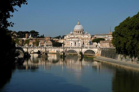 Blick vom Ponte Umberto zum Petersdom (2013)