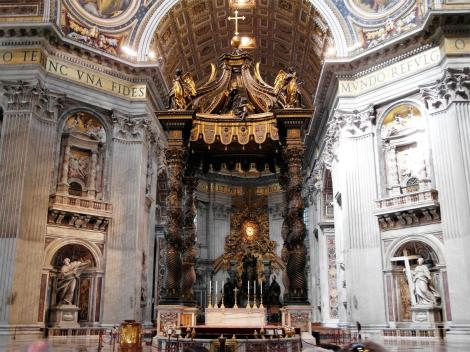 Petersdom: Papstaltar (2013)