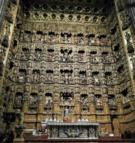 Kathedrale: Hauptaltar in der Hauptkapelle [Capilla Mayor] (2018)