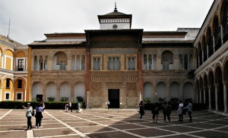 Alcazar: Jagdhof und Palast Peters des Grausamen (2018)