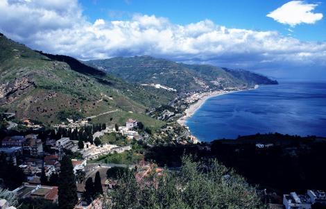 Taormina: Blick vom griechischen Theater nach Norden (1999)