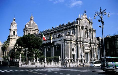Catania: Dom (1999)