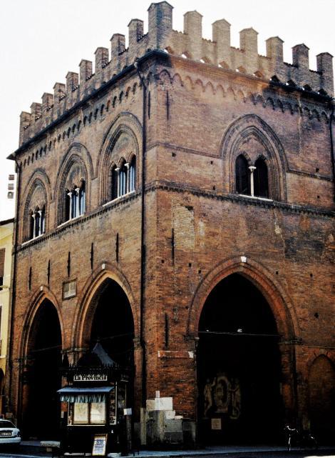 Cremona: Loggia dei Militi (2002)
