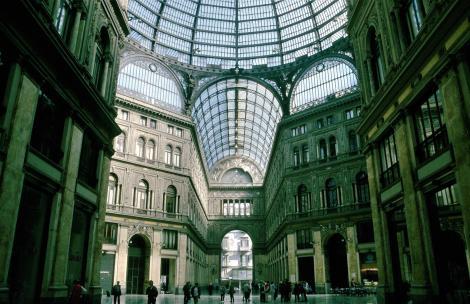 Neapel: Galleria Umberto I. (2000)