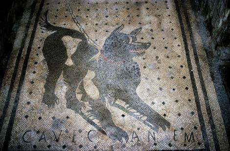 Pompeji: Haus des Tragödiendichters - Cave canem (2000)