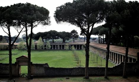 Pompeji: Große Palästra (2000)