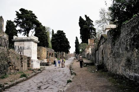 Pompeji: Gräberstraße (2000)