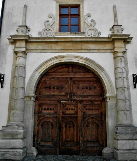 Karlsburg: Bischofspalast - Portal (2018)