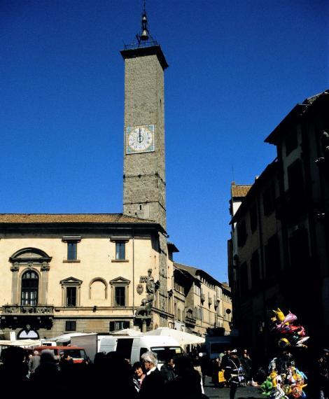 Viterbo: Palazzo del Podesta (2002)