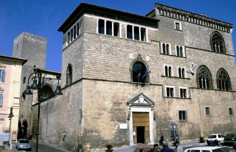 Tarquinia: Palazzo Vitelleschi mit Archäologischem und Etruskermuseum (2002)
