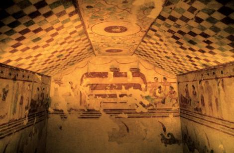 Tarquinia: Etruskermuseum - Rekonstruktion des Grabes des Begräbnisbettes [Tomba del Letto Funebre - Ausstellung Hamburg] (2004)