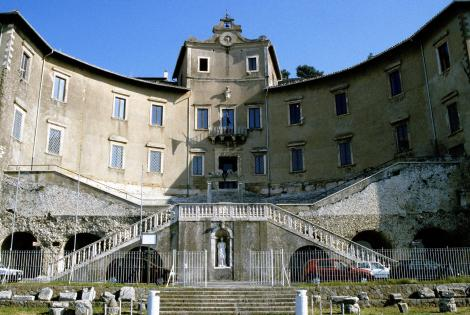 Palaestrina: Palazzo Barberini mit dem Archäologischen Museum (2002)