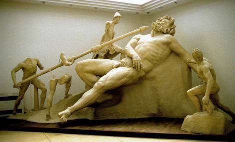 Sperlonga: Archäologisches Museum - Polyphem-Gruppe aus der Tiberius-Grotte (2002)