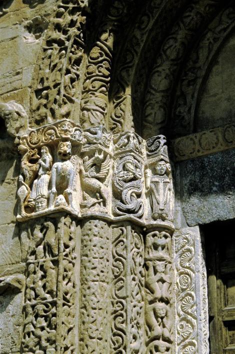 Pavia: Kirche San Michele - Portal (2002)