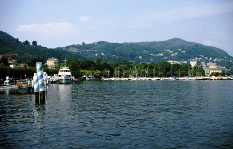 Como: Blick auf das Westufer des Sees (2002)