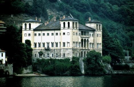 Gravedonia: Palazzo Gallio (2002)