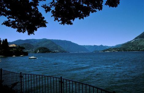 Comer See: Blick von Varenna nach Bellagio (2002)
