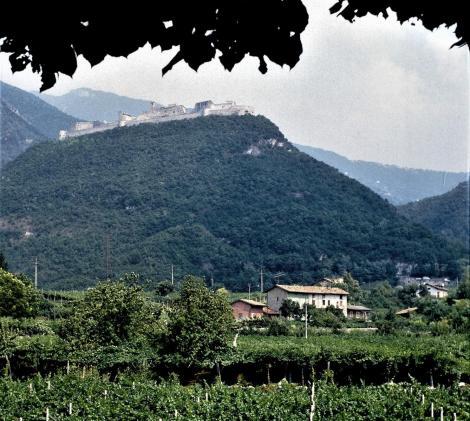Besenello: Castel Beseno (1988)