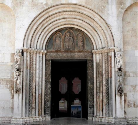 Zadar: Dom - Portal (2016)