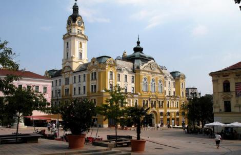 Fünfkirchen: Rathaus (2015)