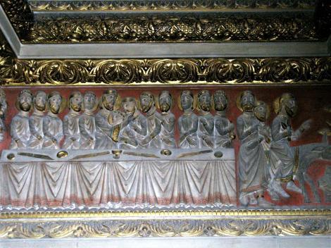 Fünfkirchen: Dom - Reliefs an der Treppe zur Unterkirche (2008)