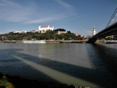 Pressburg: Blick über die Donau (2018)