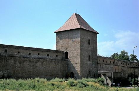 Tyrnau (slowak. Trnava): Stadtmauer (1980)
