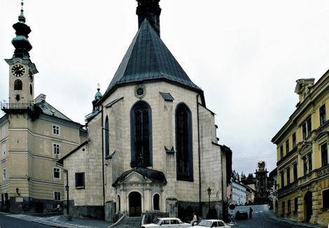 Schemnitz [slowak. Banská Štiavnica]: Rathaus und Katharinenkirche (2004)