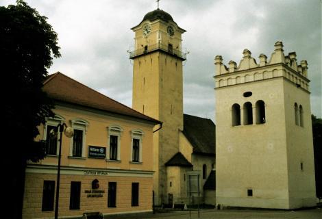 Poprad: Katholische Kirche und Glockenturm (2004)