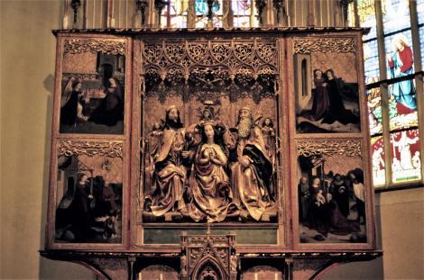 Zipser Kapitel [slowak. Spišská Kapitula]: Martinskathedrale - Marienkrönungsaltar in der Zapolya-Kapelle (2004)