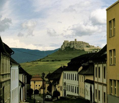 Blick vom Zipser Kapitel zur Zipser Burg [slowak. Spišský hrad] (2004)