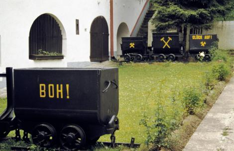 Göllnitz [slowak. Gelnica]: Bergbaumuseum [im Rathaus Hof] (2004)