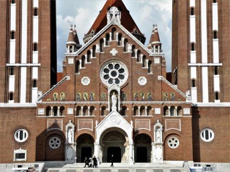 Szegedin (ung. Szeged): Dom - Westfassade (2018)