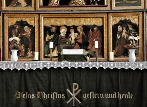 Birthälm: Kirchenburg - Kirche Predella des Altars (2018)