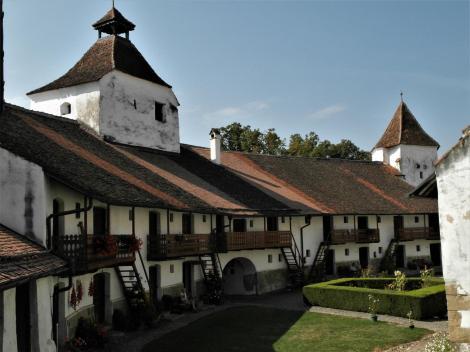Honigberg (rum. Hărman): Kirchenburg - Wohnzellen im Bering (2018)