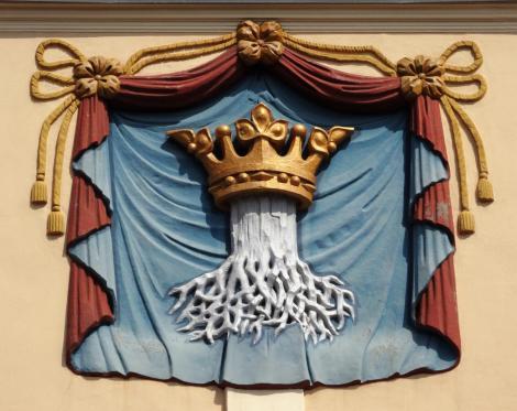 Kronstadt: Rathaus - Wappen von Kronstadt (2018)