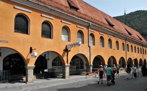 Kronstadt: Altes Kaufhaus (2018)