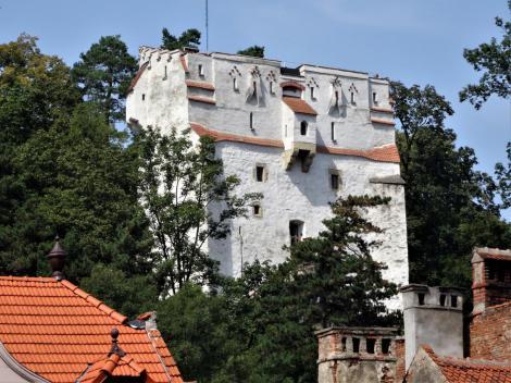 Kronstadt: Weißer Turm (2018)
