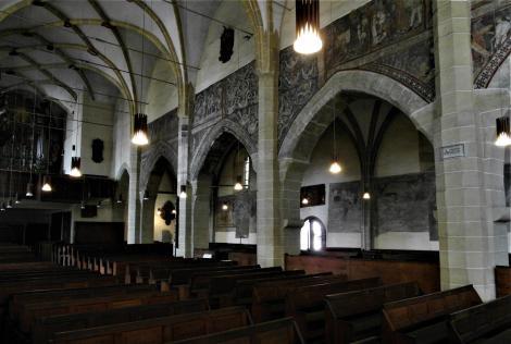 Mediasch: Kirchenburg - nördliche Arkadenwand der Kirche (2018)
