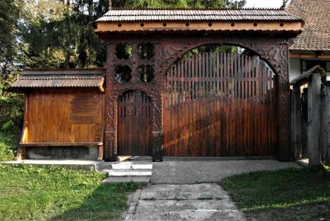 Aitau (rum. Aita Mare, ung. Nagyaita): Tor zur Kirchenburg (2018)