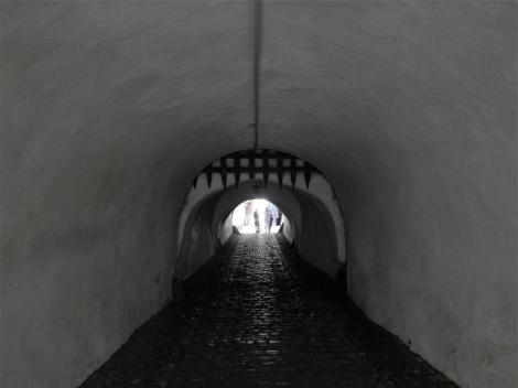 Tartlau (rum. Prejmer): Kirchenburg - Durchgangstunnel (2018)