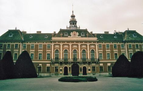 Sombor: Komitatshaus (1990)